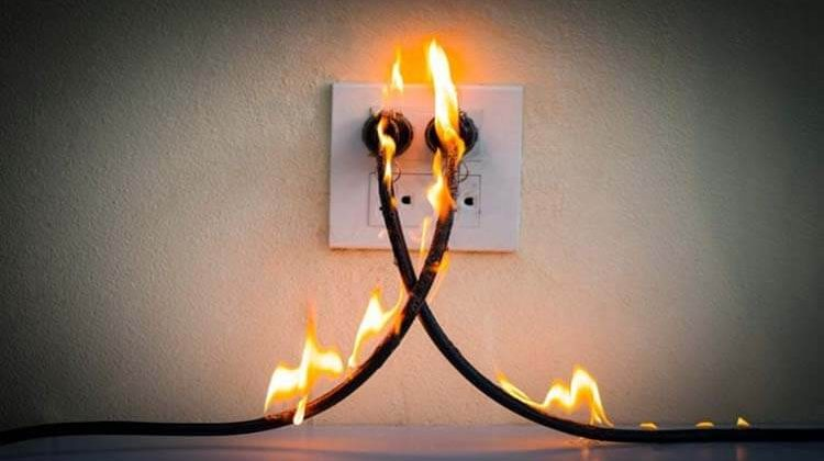 How Do You Put Out An Electrical Fire
