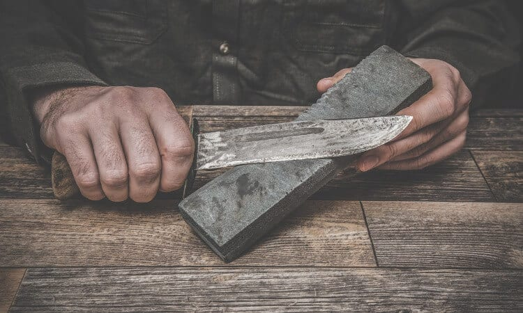 How To Maintain Sharpness Of Knives For The Wild