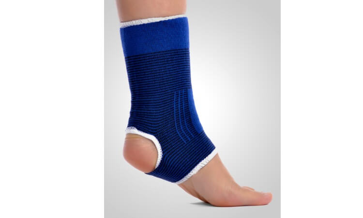 The 7 Best Ankle Compression Sleeves For Ankle Pains