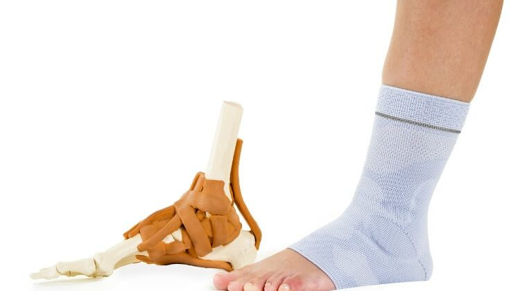 The 7 Best Ankle Compression Socks For Ankle Support