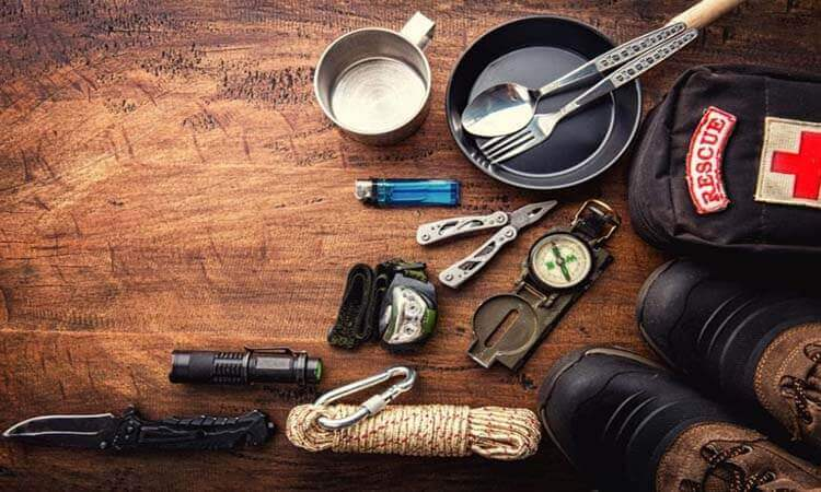 The 7 Best Outdoor Survival Kits: A Survivalist's Guide