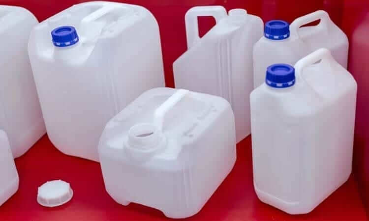 The 7 Best Ways To Store Water For Emergencies